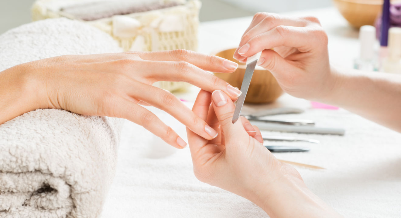 Gel Manicure: Everything You\'ve Been Wanting to Know About Gel Nails