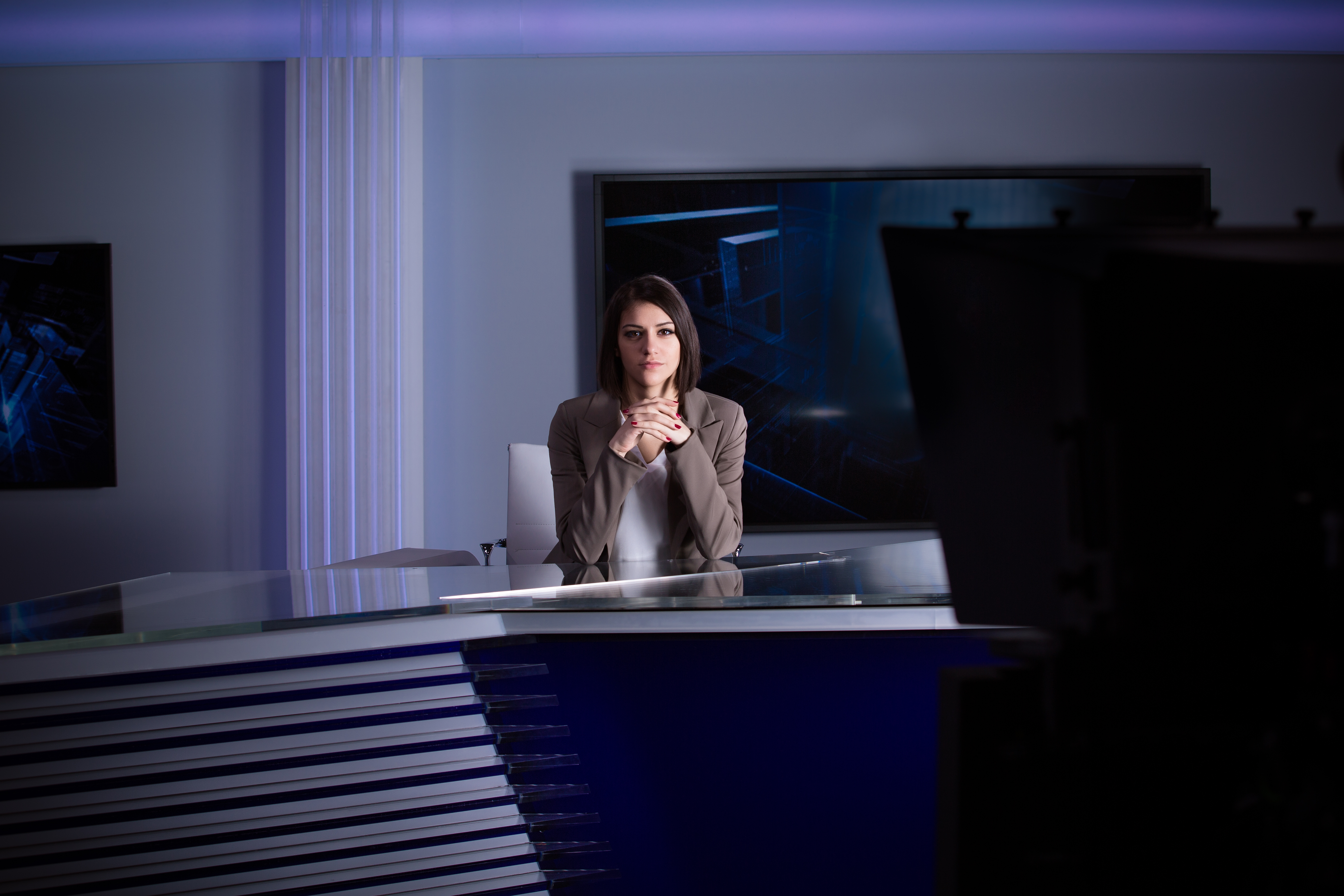 Important Tips for Everyone Looking to Become a News Anchor