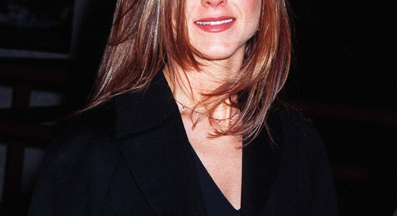 "Entity reports on the comeback Jennifer Aniston's ""Rachel"" haircut from ""Friends"" in the '90s."
