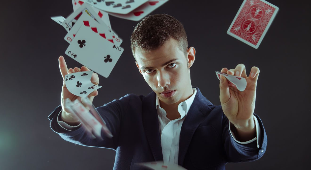 need to impress a crush? here are 3 easy card tricks you should knowhere are 3 easy card tricks you should know