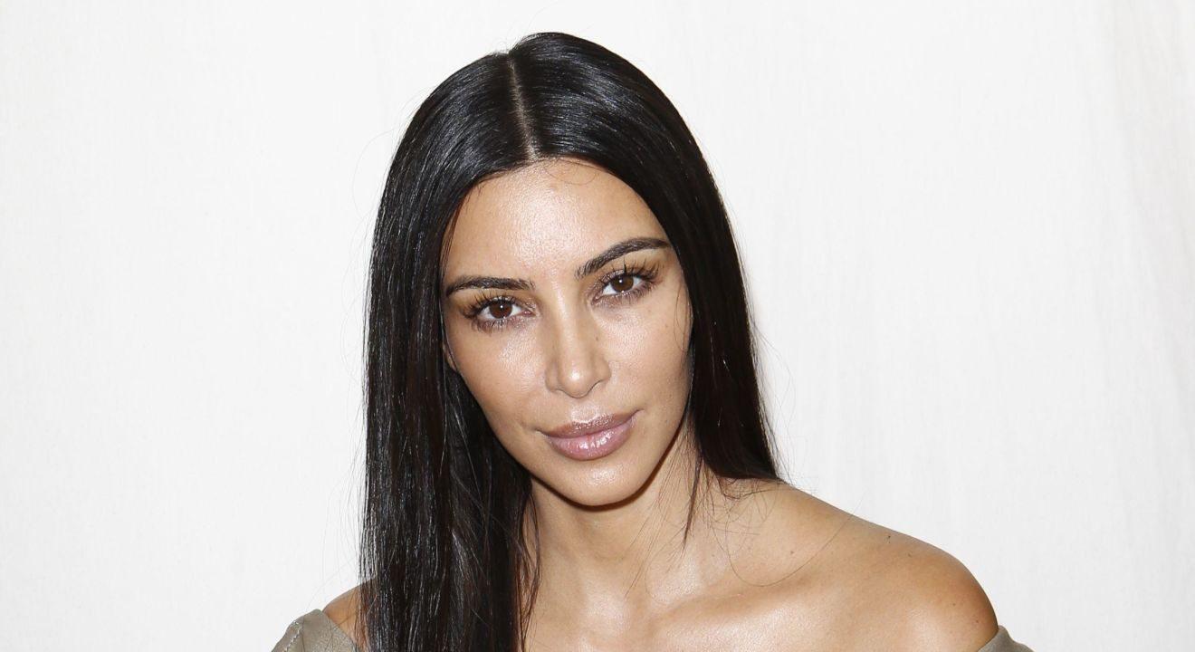 Entity celebrates the no makeup trend with Kim Kardashian no makeup look.