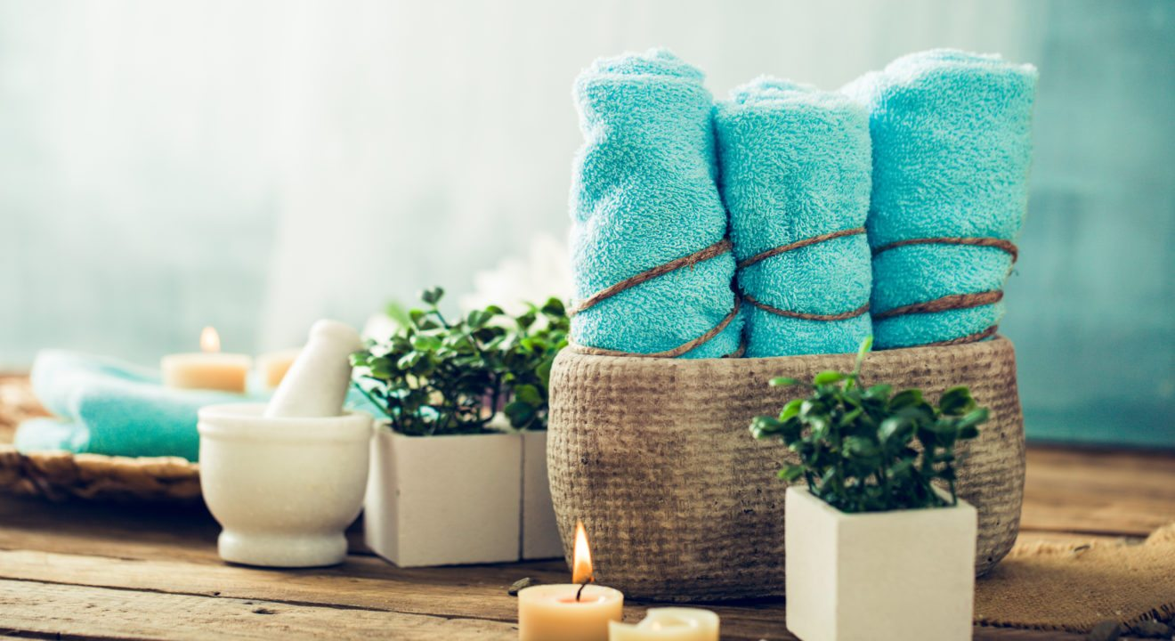 Entity Has The Scoop On How To Arrange Towels To Make Your Home Feel Like A