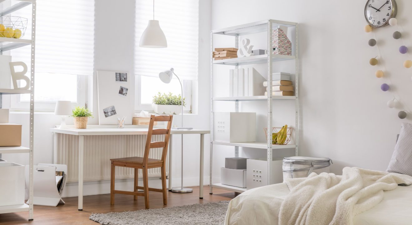 Bachelor Pad? Forget That! 5 Things to Have in a Bachelorette Pad ...