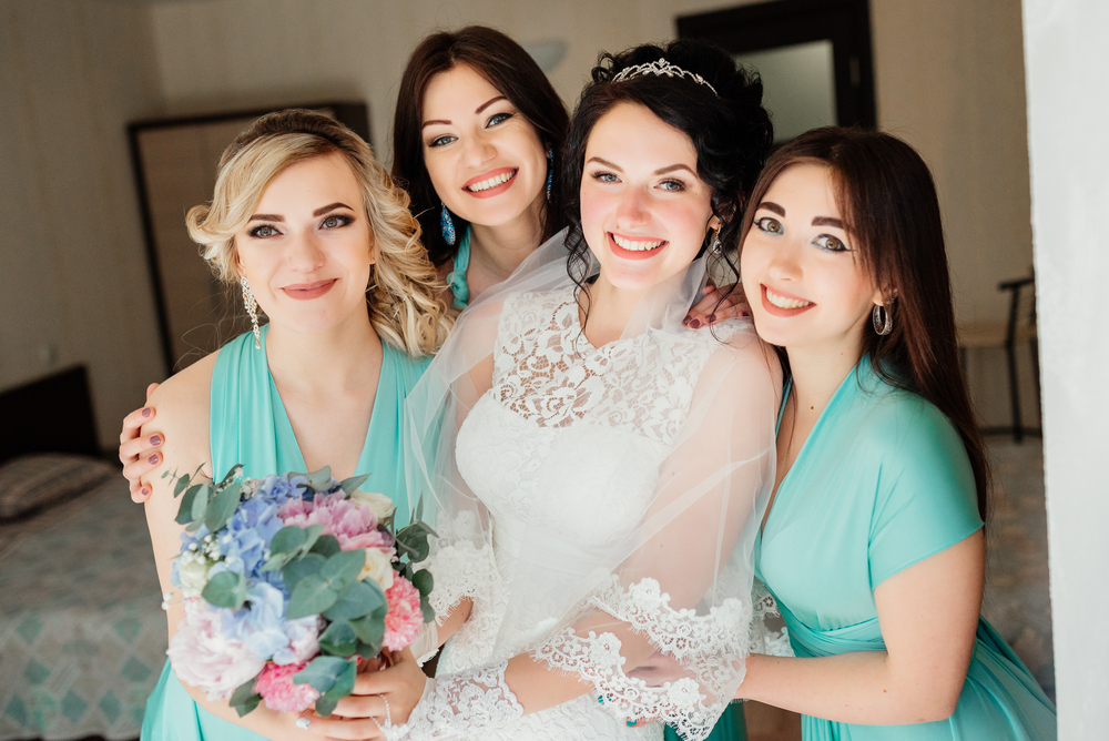 7 Examples Of A Maid Of Honor Speech That Definitely Went Beyond