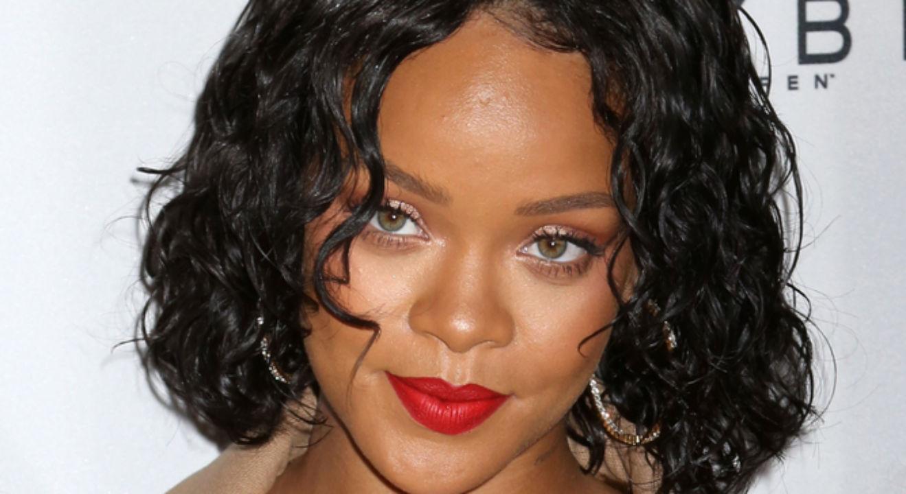 Rihanna Net Worth: Fin... Rihanna Net Worth