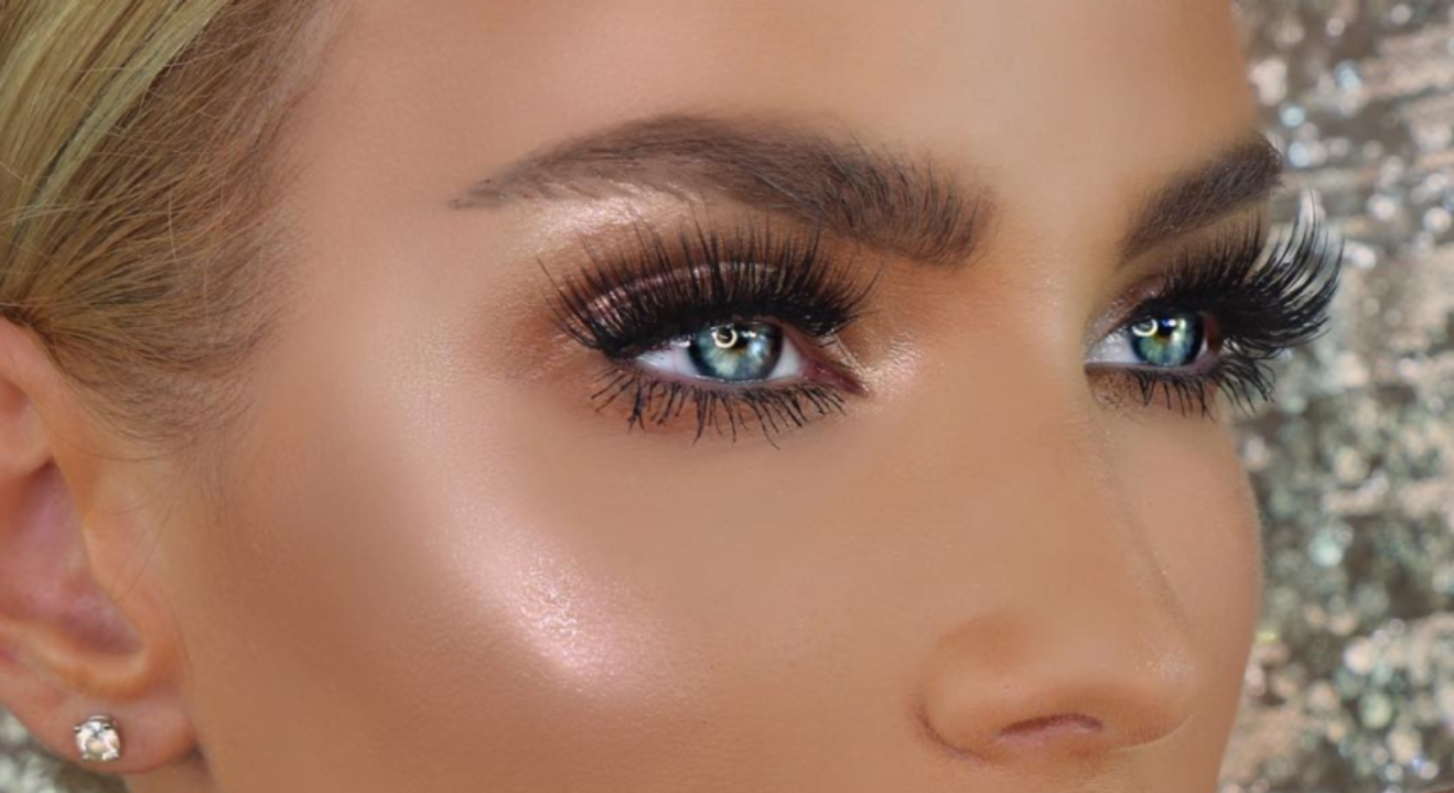 Natural Looking Makeup For Blue Eyes And Brown Hair